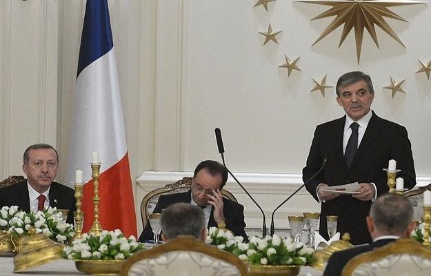 Gül: Türkiye ile Fransa politikaları örtüşen iki ülkedir
