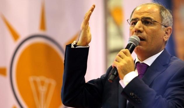 Erzurum Ak Parti'de 3 kişi istifa etti
