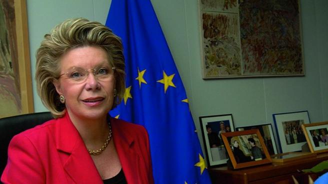 AB Adalet Komiseri: Avrupa'nın NSA tutumu ikiyüzlü