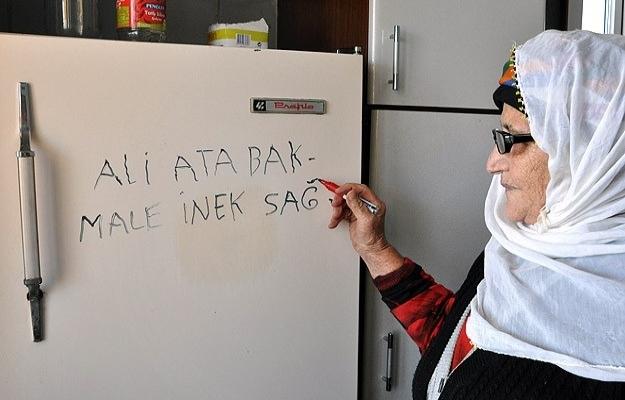 Ovacıklı ninelerin yazı tahtası: Buzdolabı