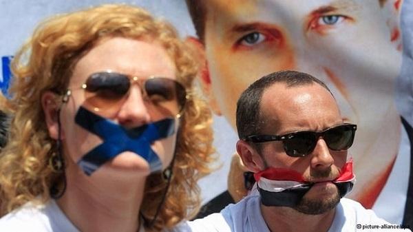 Mısır'da gazeteci avı