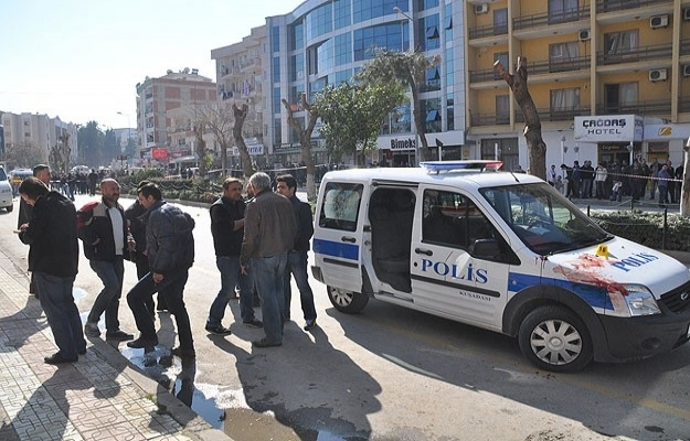 Kuşadası'nda çatışma: 2'si polis 3 yaralı