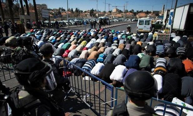 Mescid-i Aksa bugün de Filistinlilere yasaktı