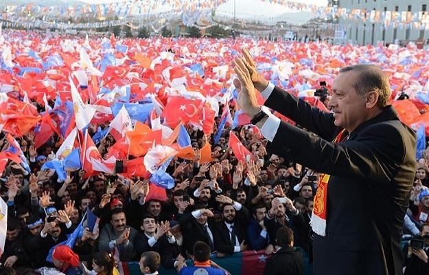 Erdoğan, Erşen'in kitabındaki belgeyi gösterdi