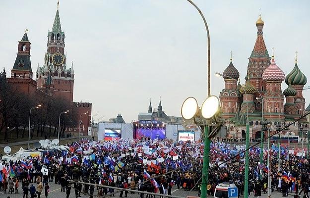 Ruslar, 'kadının yeri evidir' diyor