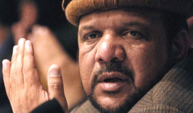 Karzai'nin yardımcısı öldü