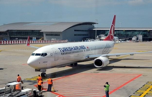 Acil iniş yapan THY uçağında 1 kişi öldü