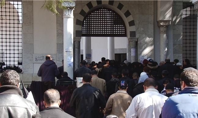 Tunus'ta El Mecri'nin tutuklanması tartışmalara yol açtı