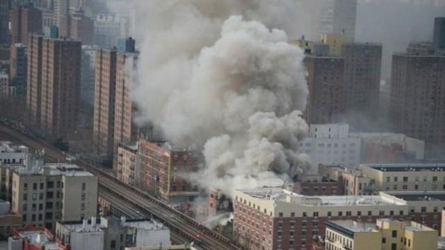 New York'ta patlama, bina çöktü