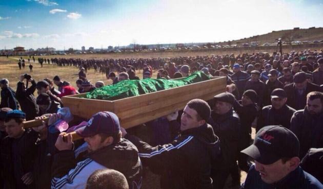 Öldürülen Kırım Tatarı'nda işkence izleri...