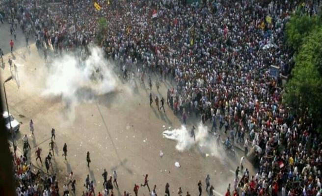 Darbe karşıtları bugün Mısır sokaklarındaydı: 6 ölü