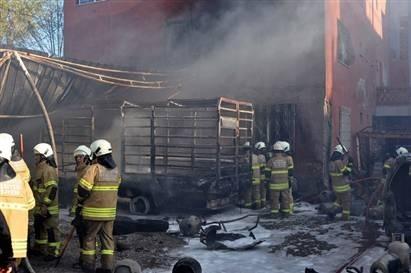 İzmir'de tüpler ardı ardına patladı