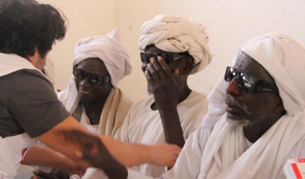 İHH'dan Sudan'da 500 katarakt ameliyatı daha