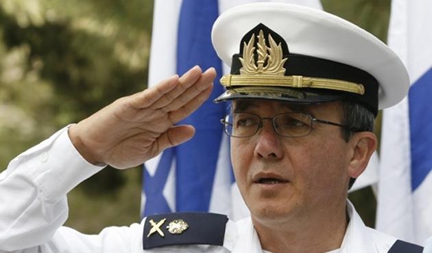 Mavi Marmara komutanı İngiltere'den kaçmış