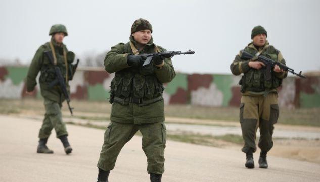 Ukrayna, Kırım'daki askerlerini çekiyor
