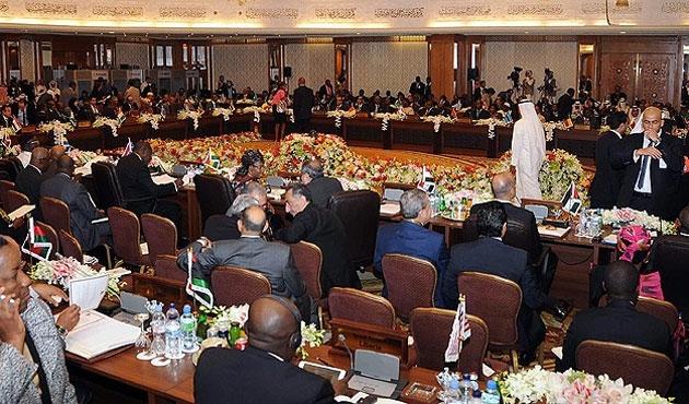 Arap Birliği Kuveyt'te toplandı