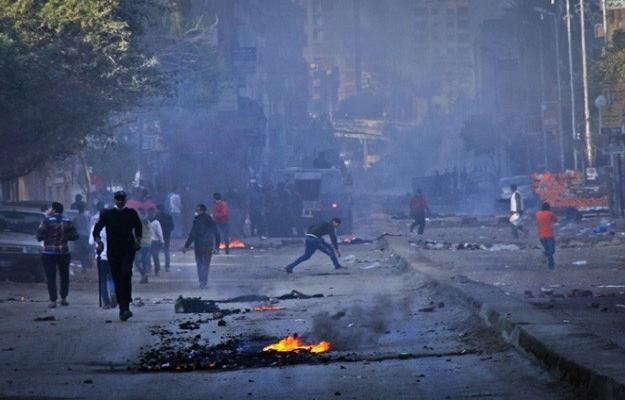 Mısır'da dün yine gösteriler vardı: Bir ölü