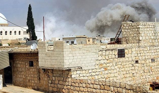 Halep'te yine varil bombalı saldırı