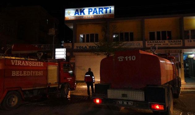 Şanlıurfa'da AK Parti'ye molotoflu saldırı