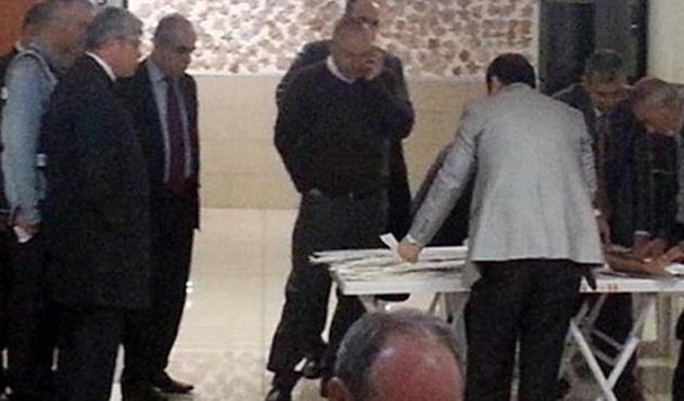 AB Bakanı'ndan yalanlama: Oy saymadım