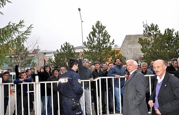 Bayburt'ta AA muhabirine saldırı