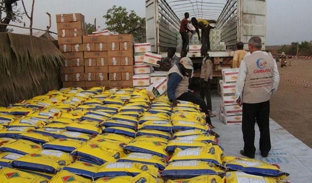 Orta Afrikalı mültecilere Cansuyu yardımı