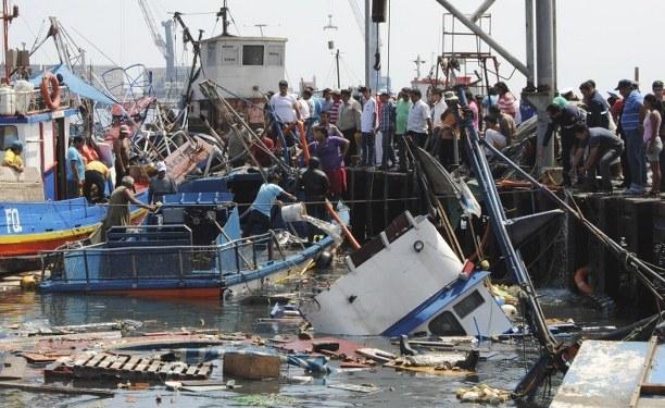 Şili'de tsunami alarmı, 900 bin kişi tahliye edildi