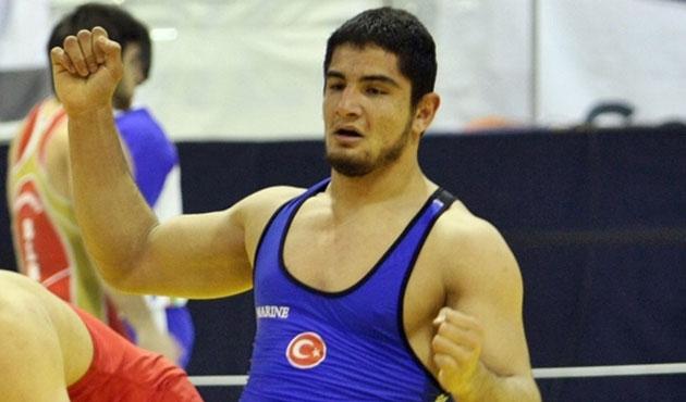 Ata sporu diriliyor: Milli güreşçi 3. kez Avrupa şampiyonu