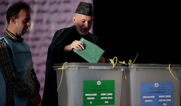 Karzai ve kardeşi yolsuzluktan yargılanacak