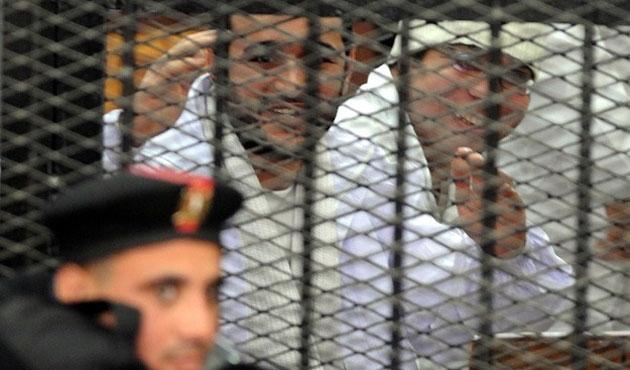 Mısır'da devrim aktörlerine verilen ceza onaylandı