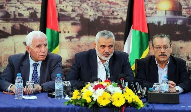 Katar'dan Filistin'e 20 milyon dolarlık maaş yardımı
