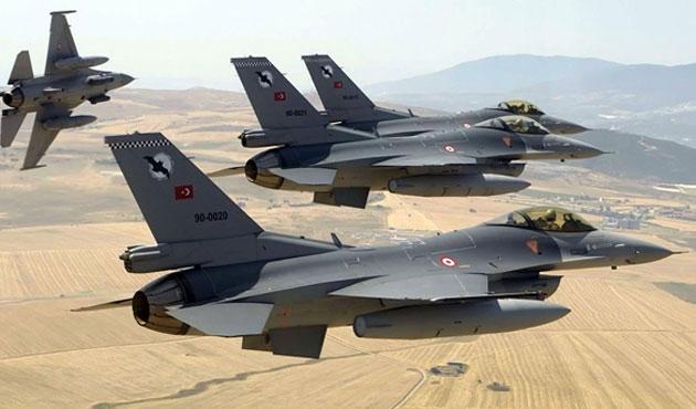 Türk jetleri Musul'da keşif operasyonu yapıyor
