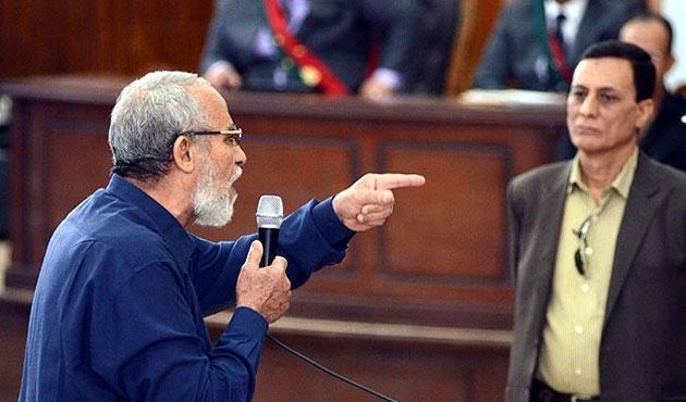 Mısır İhvan yöneticilerini yeniden terör listesine aldı