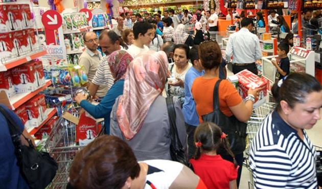 Tüketici güven endeksi yüzde 0,4 arttı