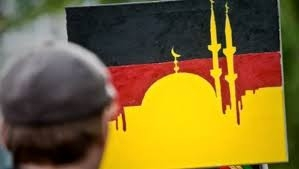 Almanya'ya uygun İslam, Kadiyanilik mi?