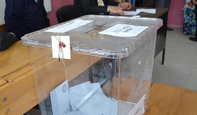 Kıbrıslı Türkler anayasa değişikliğine 'hayır' dedi