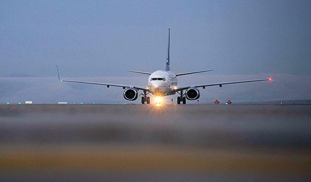 3. Havalimanı bozuk çukurlara yapılıyor