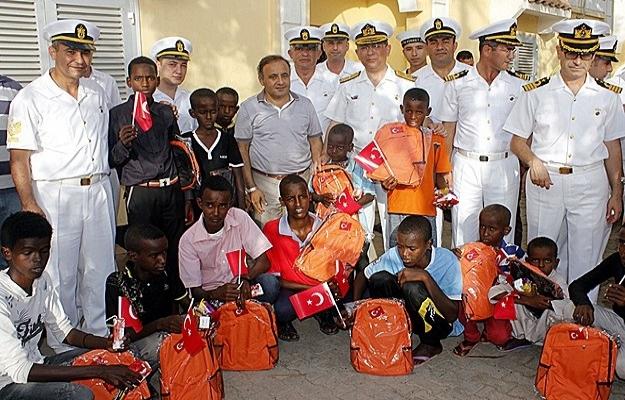Barbaros Türk Deniz Görev Grubu Cibuti'de