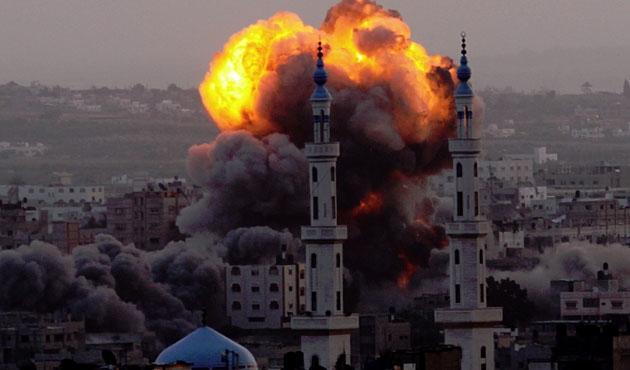 İsrail yine Gazze'ye havadan saldırdı