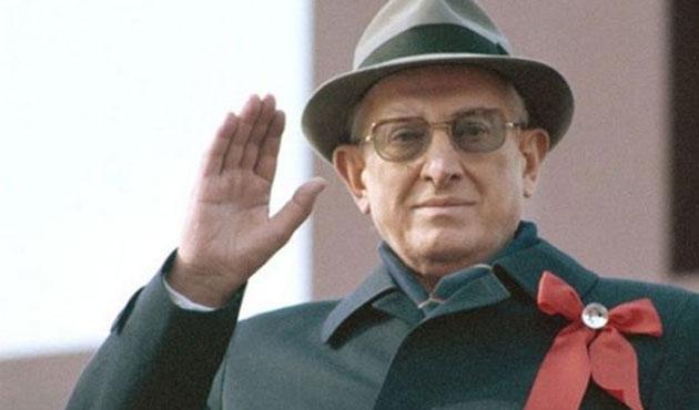 SSCB'nin en gizemli lideri Andropov anılıyor