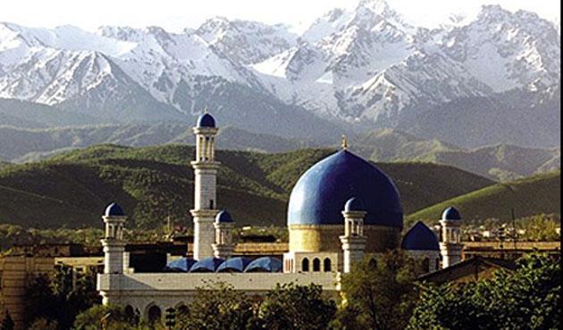 Kazak kadından camiye büyük bağış