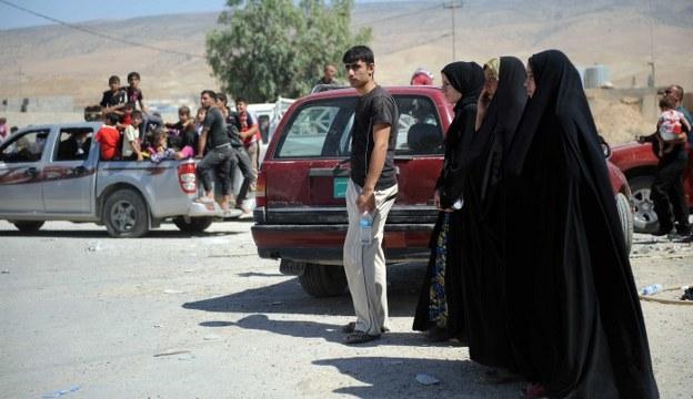 Türkmenler su ve yiyecek sıkıntısı çekiyor