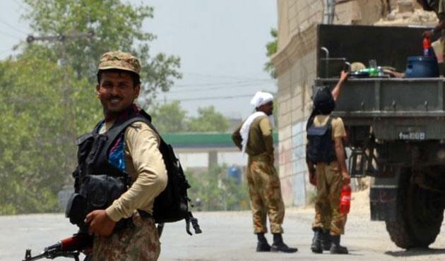 Pakistan'da ÖİH operasyonu: 105 ölü
