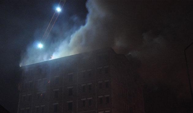 Bingöl'de TOKİ inşaatında yangın