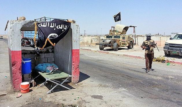 IŞİD Saklaviye ilçesini ele geçirdi