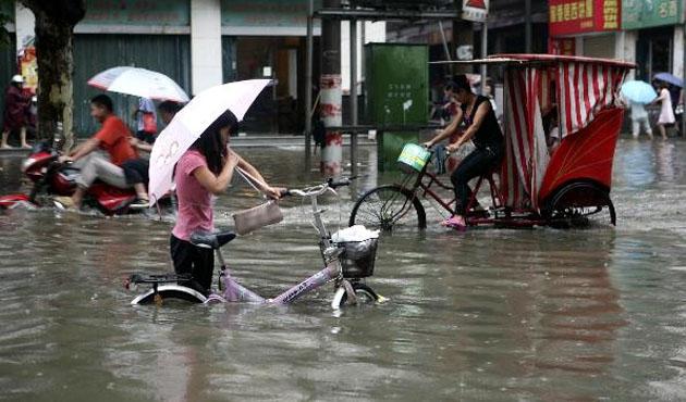 Çin'de fırtına ve kuvvetli yağış: 26 ölü
