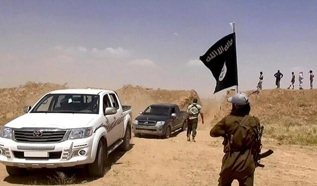 IŞİD devletini kurdu, hilafeti ilan etti
