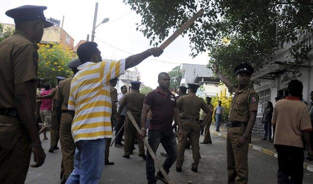 Sri Lanka'da olayları kışkırtan rahip ifadeye çağrıldı