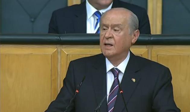 Bahçeli: Erdoğan, Davutoğlu şantaj altında mısınız?