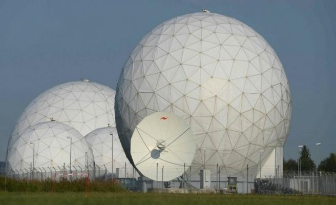 Alman Sol Parti, Steinmeier'den NSA açıklaması istiyor